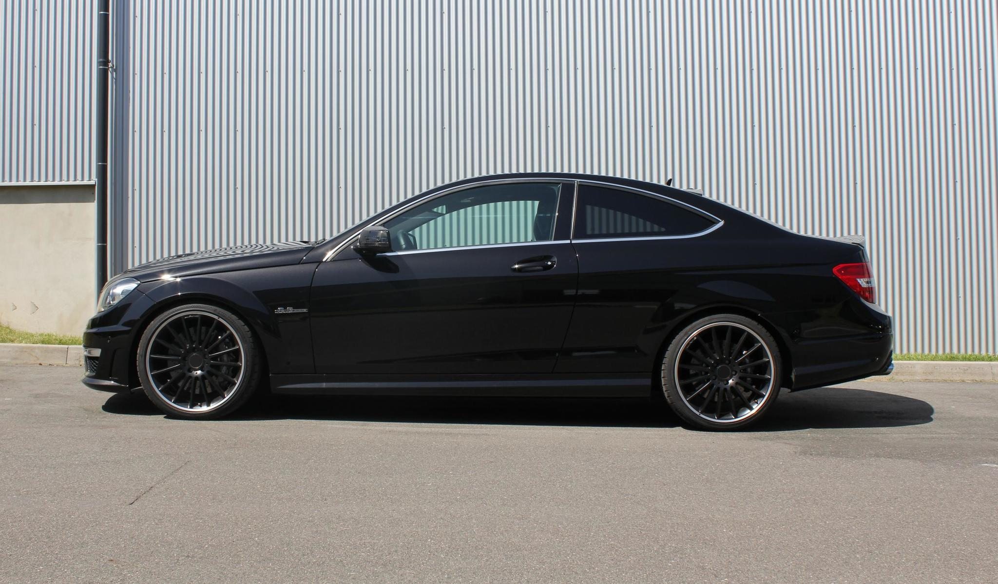 Mansory body kit for Mercedes-Benz C-class carbon