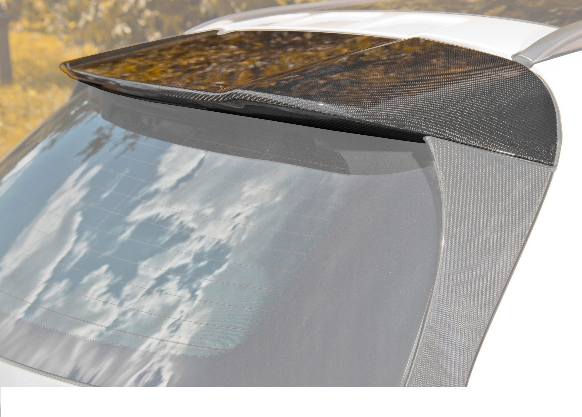 Hodoor Performance Carbon spoiler on the roof 45 AMG Style for Mercedes GLA-class X156