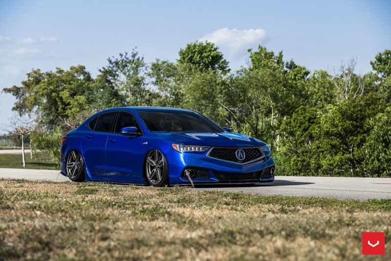 images-products-1-1857-232982337-Acura-TLX-Hybrid-Forged-HF-1-_-Vossen-Wheels-2018-1002-1047x698.jpg