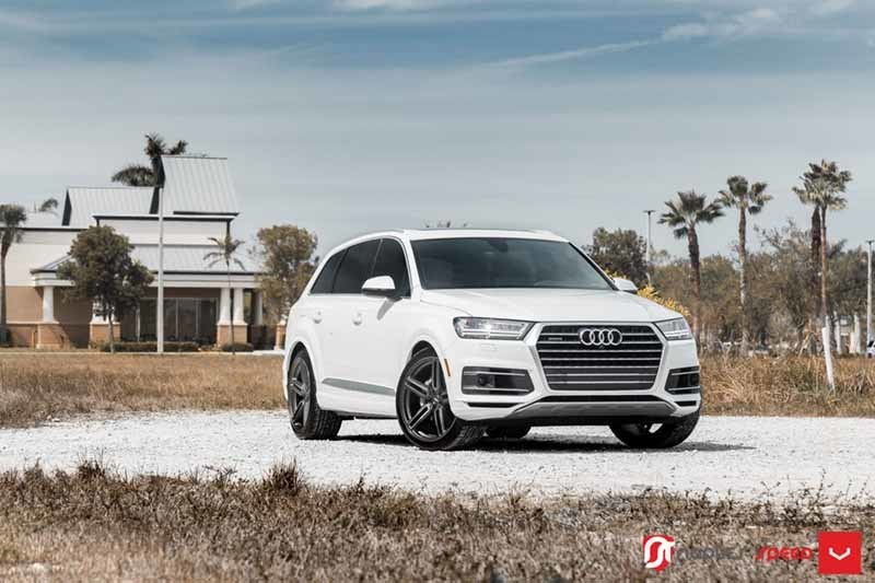 images-products-1-1910-232982390-Audi-Q7-Hybrid-Forged-HF-1-_-Vossen-Wheels-2018-1014-1047x698.jpg