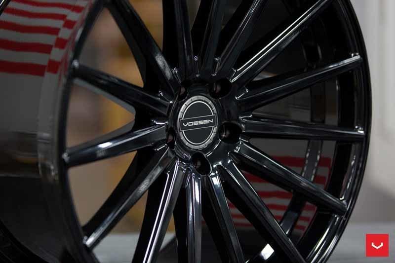images-products-1-2102-232982582-Vossen-VFS-2-Wheel-C25-Gloss-Black-Hybrid-Forged-Series-_-Vossen-Wheels-2018-1005-1047x698.jpg