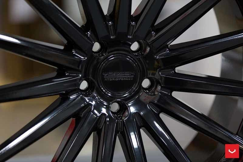 images-products-1-2105-232982585-Vossen-VFS-2-Wheel-C25-Gloss-Black-Hybrid-Forged-Series-_-Vossen-Wheels-2018-1023-1047x698.jpg