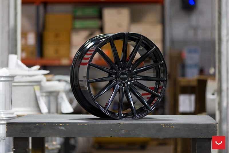 images-products-1-2110-232982590-Vossen-VFS-2-Wheel-C25-Gloss-Black-Hybrid-Forged-Series-_-Vossen-Wheels-2018-1028-1047x698.jpg