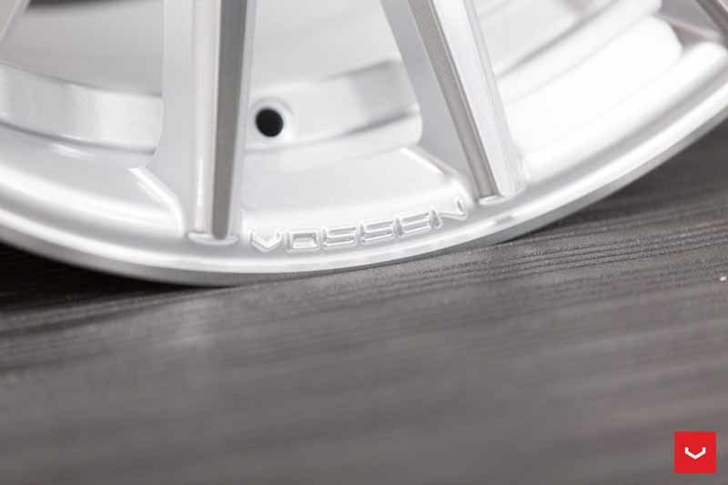 images-products-1-2146-232982626-Vossen-VFS-2-Wheel-Silver-Polished-VF-Series-_-Vossen-Wheels-2018-1001-1047x698.jpg