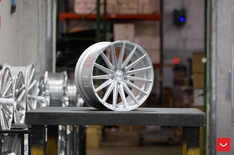 images-products-1-2153-232982633-Vossen-VFS-2-Wheel-Silver-Polished-VF-Series-_-Vossen-Wheels-2018-1005-1047x698.jpg