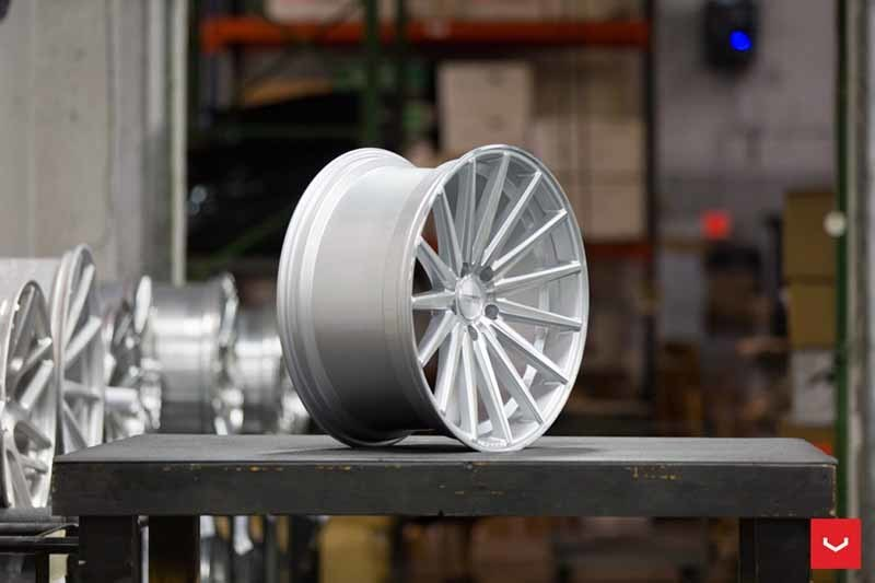 images-products-1-2158-232982638-Vossen-VFS-2-Wheel-Silver-Polished-VF-Series-_-Vossen-Wheels-2018-1007-1047x698.jpg