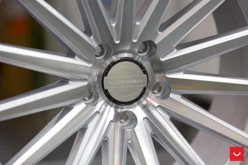 images-products-1-2160-232982640-Vossen-VFS-2-Wheel-Silver-Polished-VF-Series-_-Vossen-Wheels-2018-1015-1047x698.jpg
