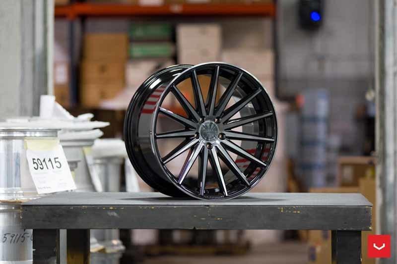 images-products-1-2181-232982661-Vossen-VFS-2-Wheel-Tinted-Gloss-Black-Hybrid-Forged-Series-_-Vossen-Wheels-2018-1005-1047x698.jpg