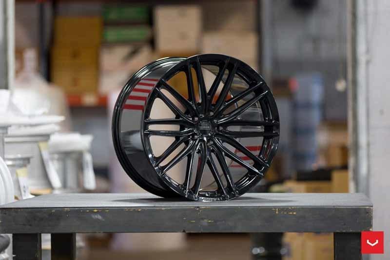 images-products-1-2214-232982694-Vossen-VFS-4-Wheel-C25-Gloss-Black-Hybrid-Forged-Series-_-Vossen-Wheels-2018-1006-1047x698.jpg