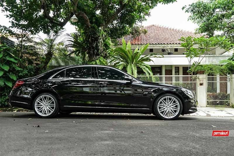 images-products-1-2254-232982734-Mercedes-Benz_S-Class_VFS4_4078194e-1047x698.jpg