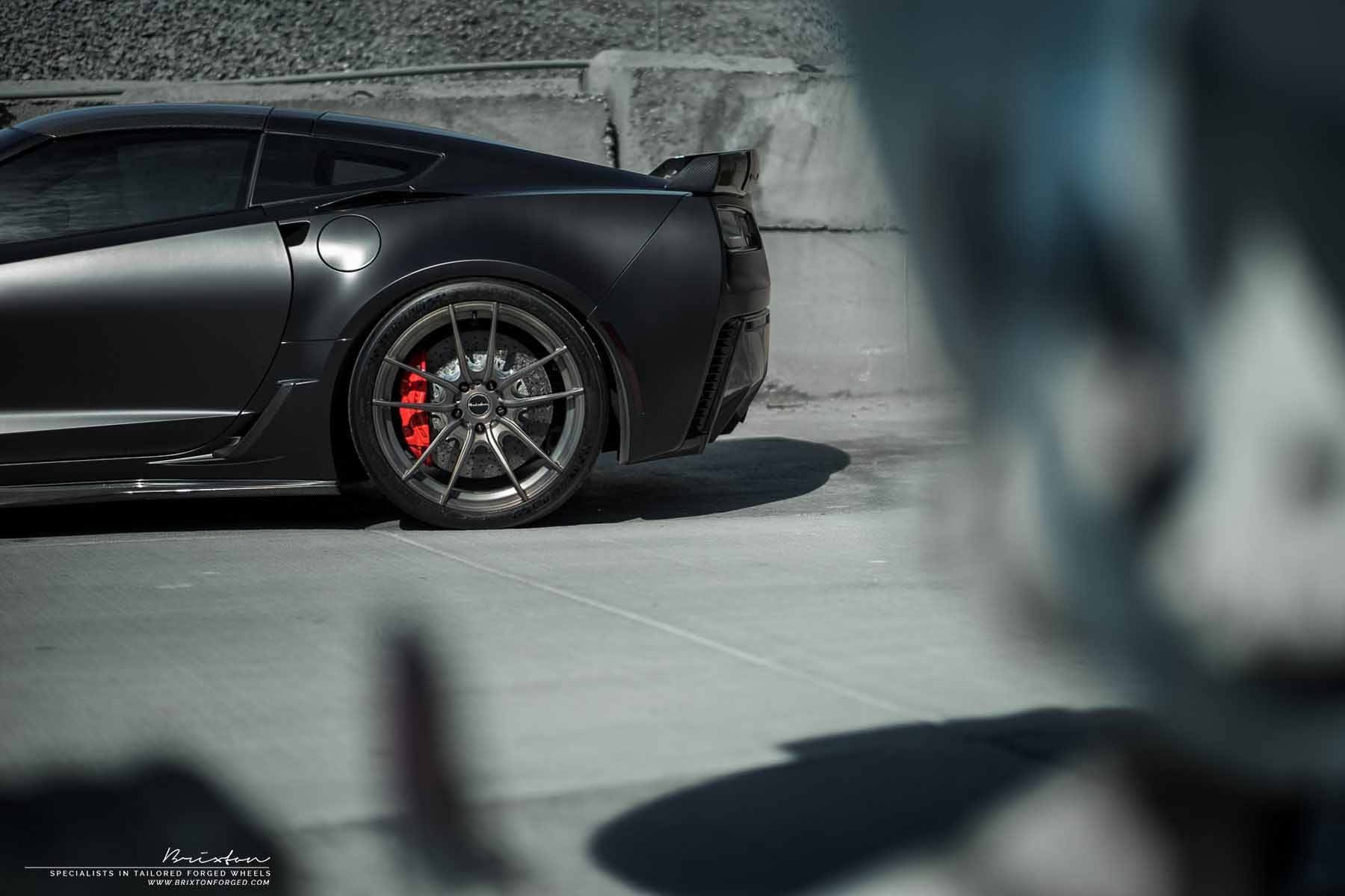 images-products-1-2282-232974570-black-corvette-c7-z06-forged-wheels-brixton-forged-m53-ultrasport-1-piece-brushed-smoke-black-ma.jpg