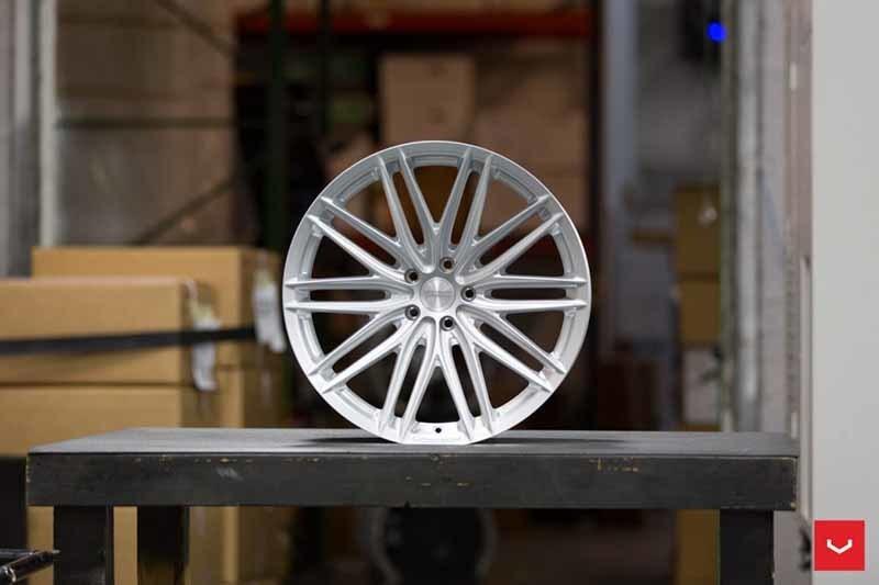 images-products-1-2301-232982781-Vossen-VFS-4-Wheel-Silver-Metallic-VF-Series-_-Vossen-Wheels-2018-1003-1047x698.jpg