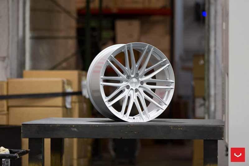 images-products-1-2305-232982785-Vossen-VFS-4-Wheel-Silver-Metallic-VF-Series-_-Vossen-Wheels-2018-1005-1047x698.jpg