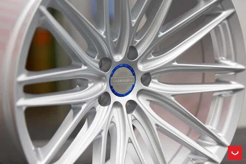 images-products-1-2309-232982789-Vossen-VFS-4-Wheel-Silver-Metallic-VF-Series-_-Vossen-Wheels-2018-1016-1047x698.jpg