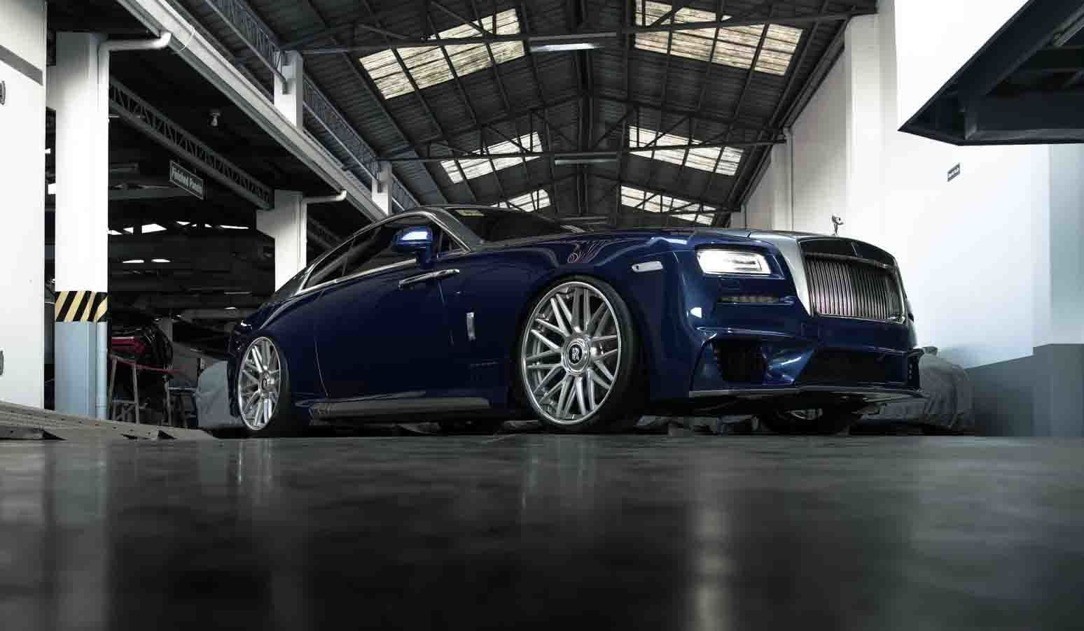 images-products-1-2316-232974604-brixton-forged-rolls-royce-wraith-brixton-forged-cm10-24-inch-brushed-silver-10-1800x1194.jpg