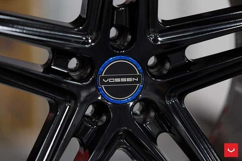 images-products-1-2322-232982802-Vossen-VFS-5-Wheel-C25-Gloss-Black-Hybrid-Forged-Series-_-Vossen-Wheels-2018-1002-1047x698.jpg