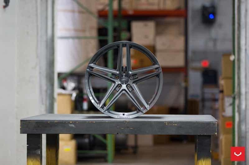 images-products-1-2348-232982828-Vossen-VFS-5-Wheel-Gloss-Graphite-VF-Series-_-Vossen-Wheels-2018-1027-1047x698.jpg