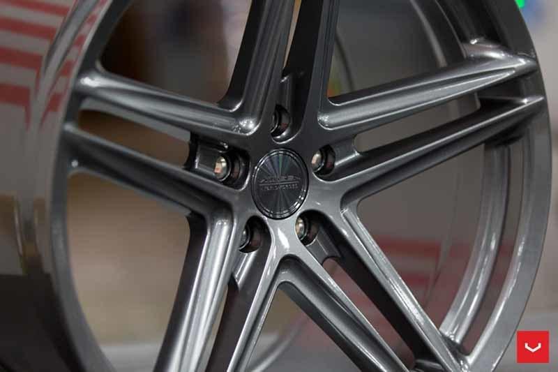 images-products-1-2349-232982829-Vossen-VFS-5-Wheel-Gloss-Graphite-VF-Series-_-Vossen-Wheels-2018-1028-1047x698.jpg