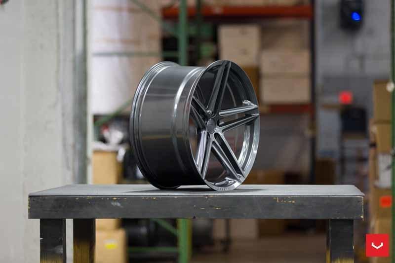 images-products-1-2351-232982831-Vossen-VFS-5-Wheel-Gloss-Graphite-VF-Series-_-Vossen-Wheels-2018-1030-1047x698.jpg