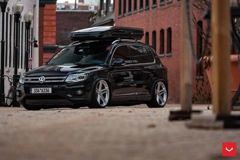 images-products-1-2352-232982832-VW_Tiguan_VFS5_7affd38b-1047x698.jpg