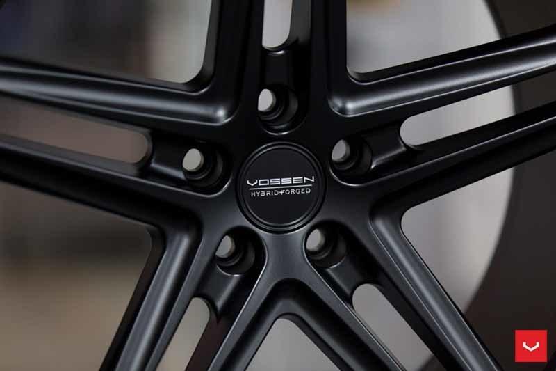 images-products-1-2360-232982840-Vossen-VFS-5-Wheel-C26-Satin-Black-Hybrid-Forged-Series-_-Vossen-Wheels-2018-1008-1047x698.jpg