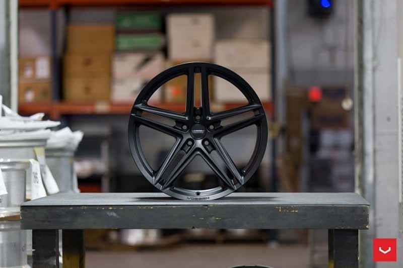 images-products-1-2362-232982842-Vossen-VFS-5-Wheel-C26-Satin-Black-Hybrid-Forged-Series-_-Vossen-Wheels-2018-1010-1047x698.jpg