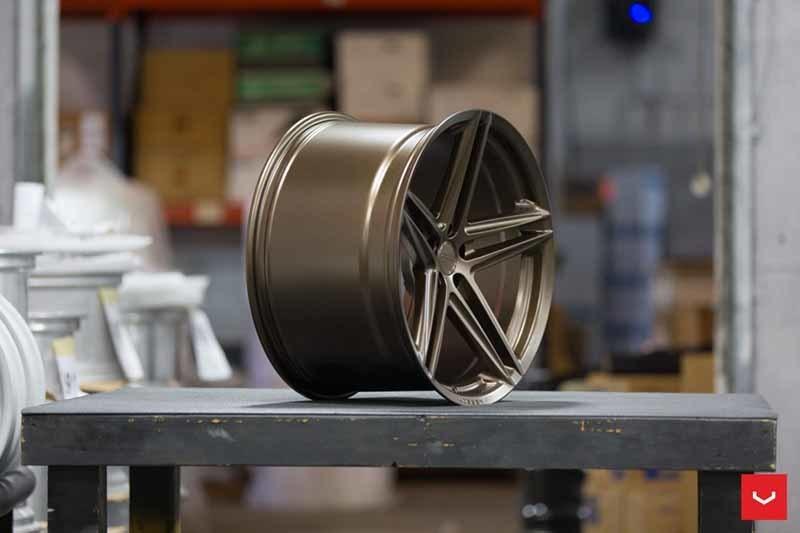 images-products-1-2379-232982859-Vossen-VFS-5-Wheel-C39-Satin-Bronze-Hybrid-Forged-Series-_-Vossen-Wheels-2018-1007-1047x698.jpg