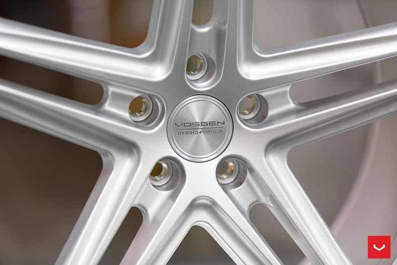 images-products-1-2388-232982868-Vossen-VFS-5-Wheel-Silver-Metallic-VF-Series-_-Vossen-Wheels-2018-1002-1047x698.jpg