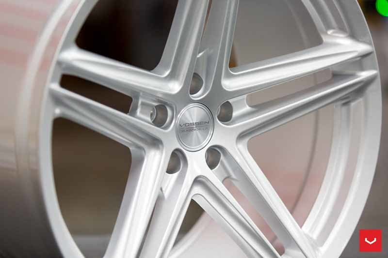images-products-1-2390-232982870-Vossen-VFS-5-Wheel-Silver-Metallic-VF-Series-_-Vossen-Wheels-2018-1004-1047x698.jpg