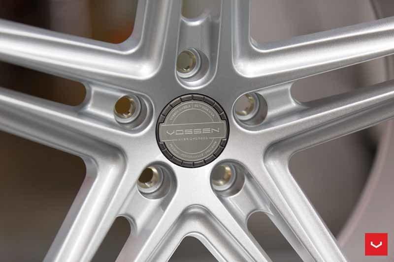 images-products-1-2394-232982874-Vossen-VFS-5-Wheel-Silver-Metallic-VF-Series-_-Vossen-Wheels-2018-1008-1047x698.jpg