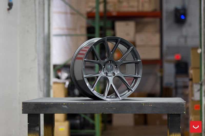 images-products-1-2421-232982901-Vossen-VFS-6-Wheel-Gloss-Grpahite-VF-Series-_-Vossen-Wheels-2018-1005-1047x698.jpg