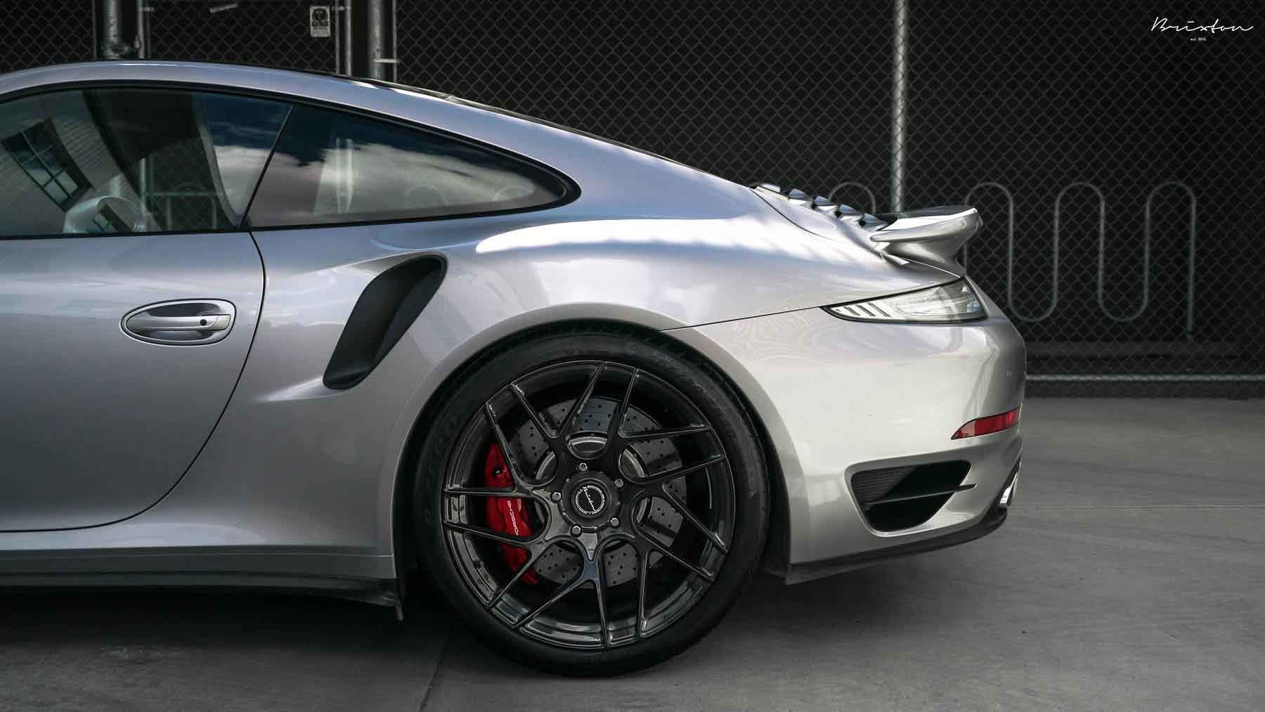 images-products-1-2543-232974831-brixton-forged-silver-porsche-991-turbo-s-brixton-forged-cm7-ultrasport-1-piece-concave-forged-w.jpg