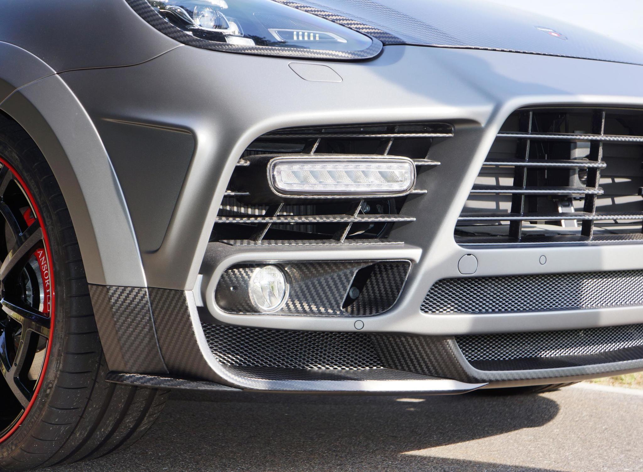 Mansory body kit for Porsche Cayenne new model