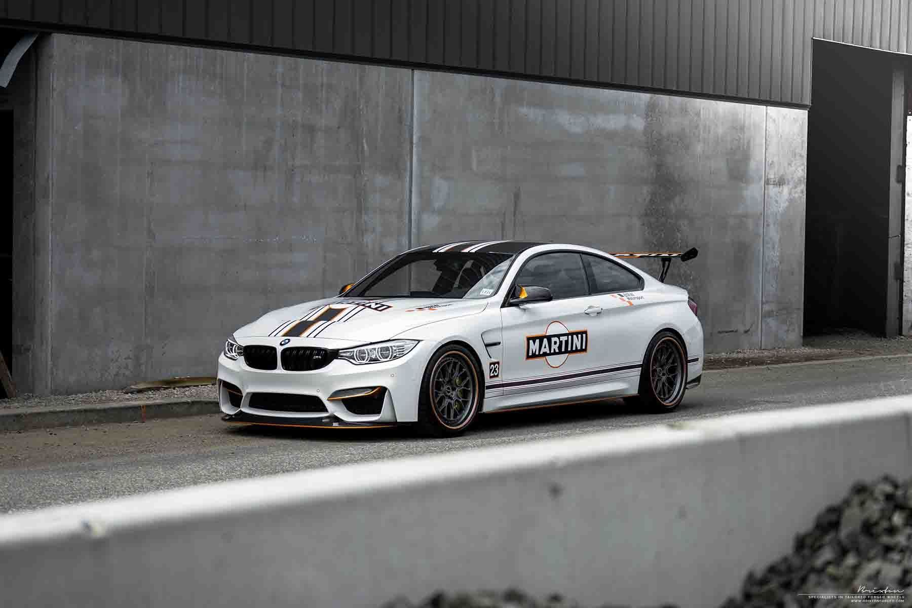 images-products-1-2714-232975002-white-bmw-m4-gts-martini-brixton-forged-cm16-wheels-cm16-circuit-series-kingsport-grey-concave-o.jpg