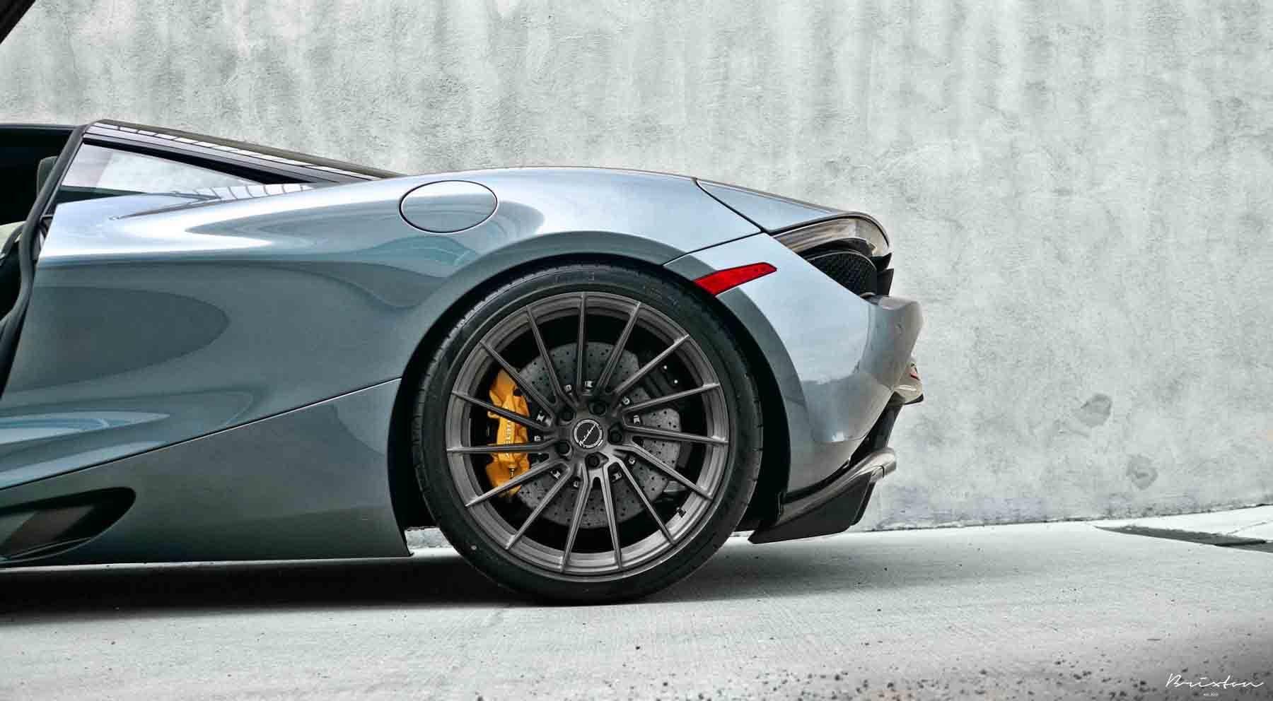 images-products-1-2925-232975213-polaris-blue-mclaren-720s-performance-brixton-forged-wheels-r15-ultrasport-1-piece-concave-brush.jpg
