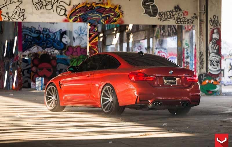 images-products-1-2972-232983452-bmw_m4_vps-310_61c.jpg