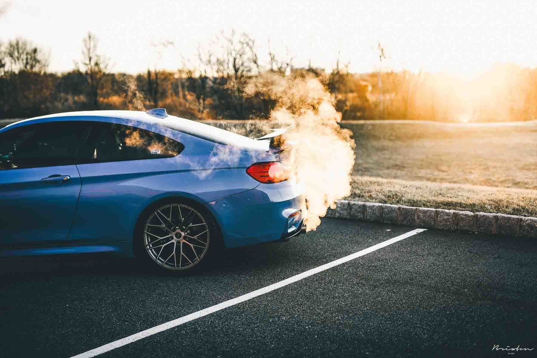images-products-1-3019-232975307-yas-marina-blue-bmw-f82-m4-brixton-forged-cm10-radial-forged-brushed-gloss-titanium-concave-whee.jpg