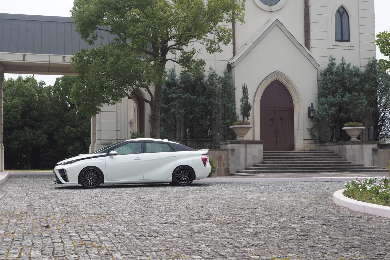 Rowen body kit for Toyota MIRAI JPD10 latest model