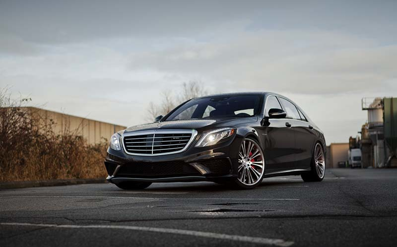 images-products-1-5655-232969751-mercedess63agpurlx247.jpg