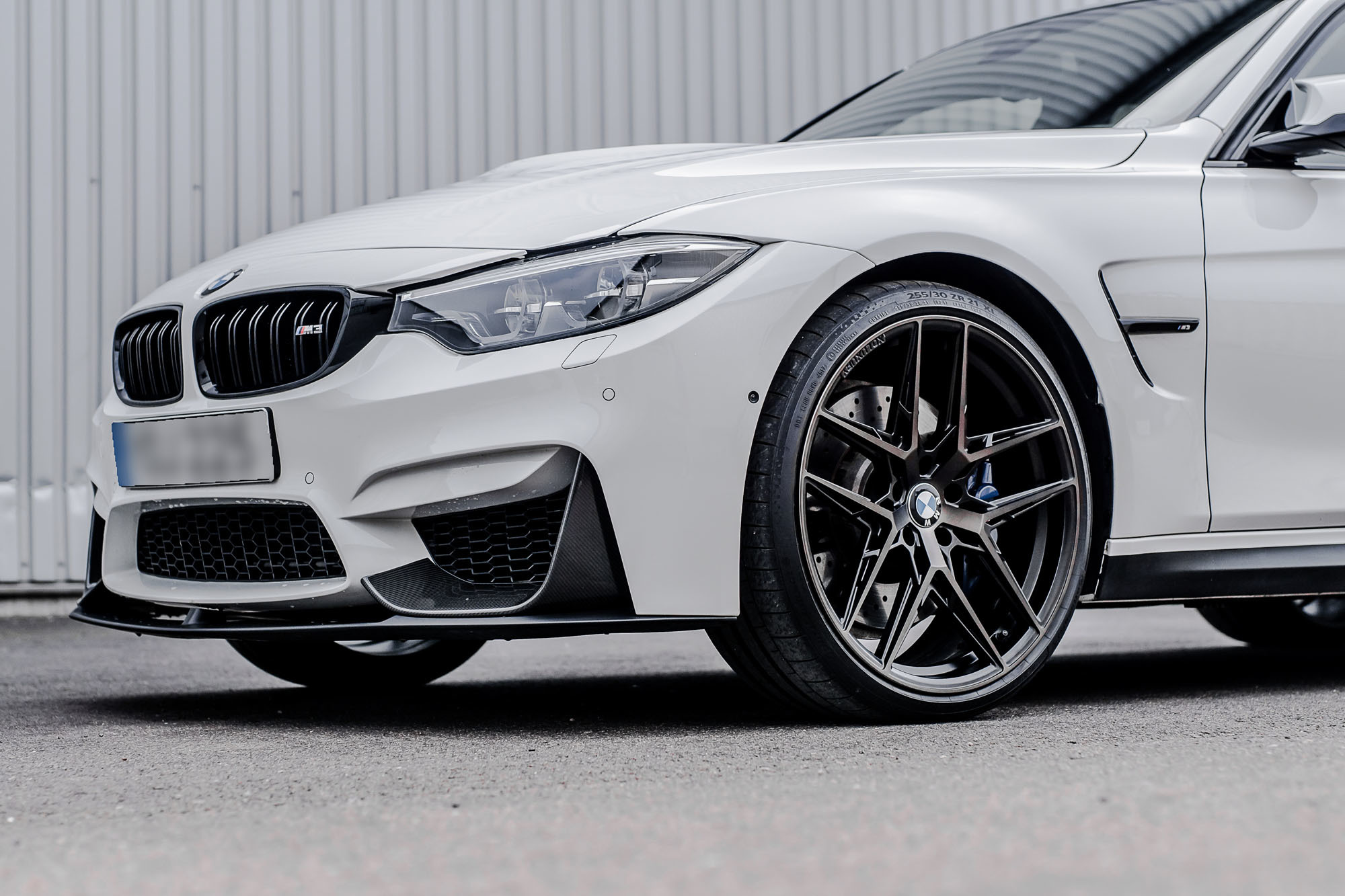 BMW M3  F80 on XO Luxury Cairo carbon graphite rotary rims - 22 forged wheels