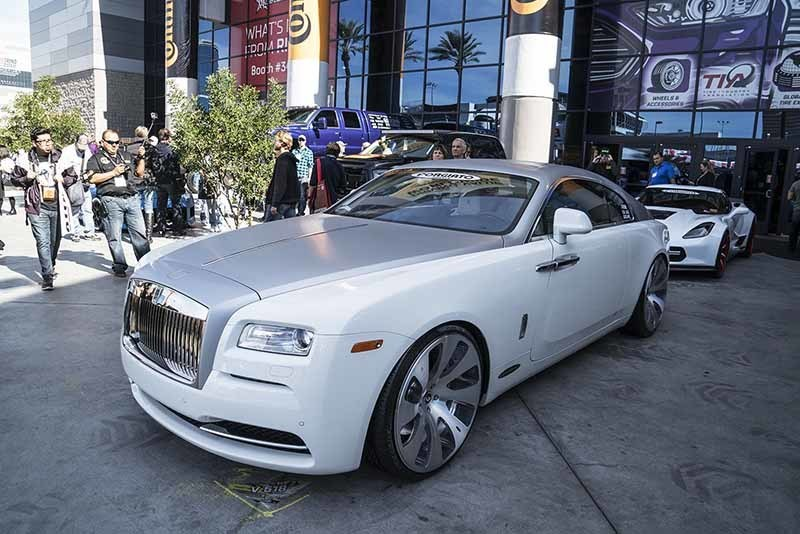 images-products-1-5992-232978280-rolls-royce-wraith-bullone-ecl-1192015.jpg