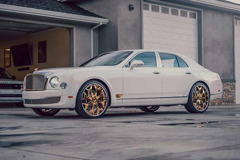 images-products-1-6047-232978335-forgiato-bentley-mulsanne-gold-white-2.jpg