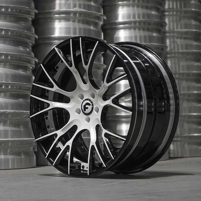 images-products-1-6220-232978508-forged-custom-wheel-derando-ecl-forgiato_2.0-156-05-16-2018.jpg