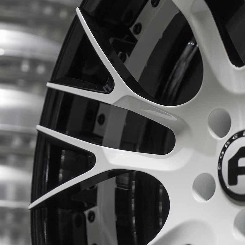 images-products-1-6221-232978509-forged-custom-wheel-derando-ecl-forgiato_2.0-157-05-16-2018.jpg