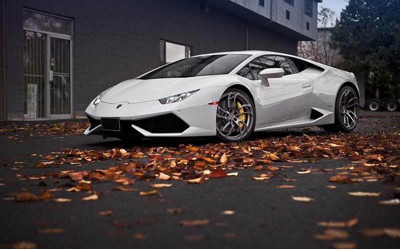 images-products-1-6357-232970453-lamborghinihuracanpurrs056.jpg
