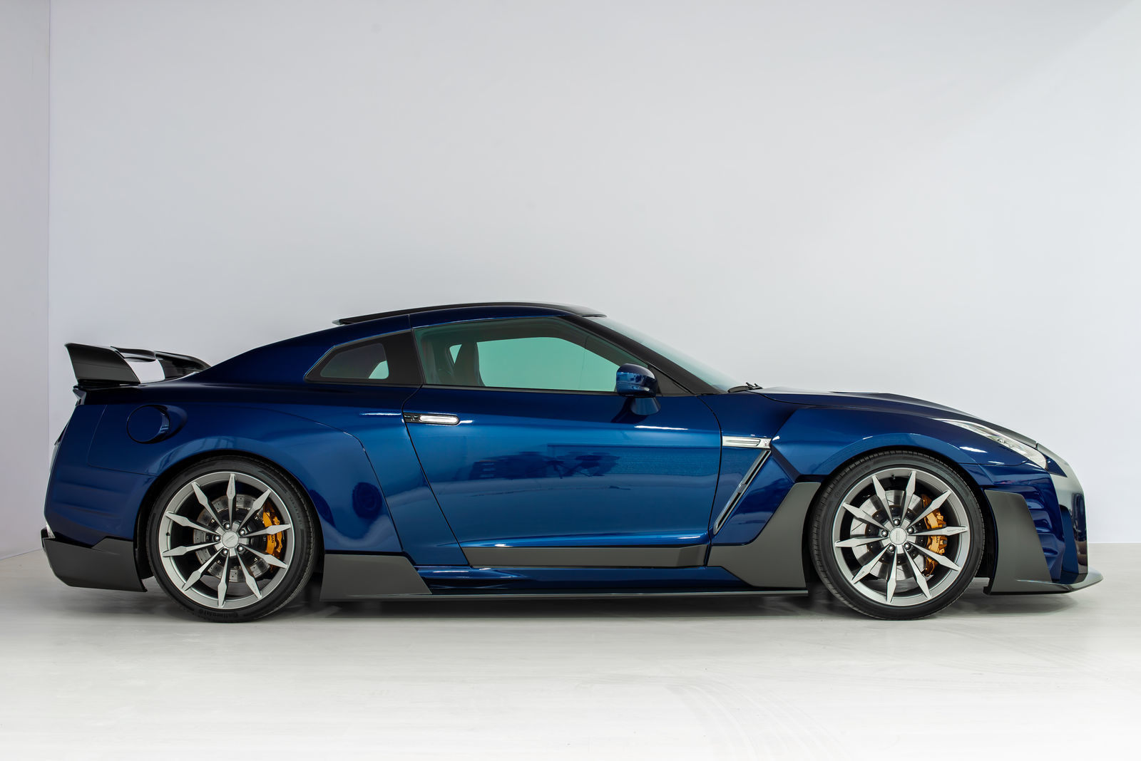 SCL PERFORMANCE body kit for Nissan GT-R GOJIRA