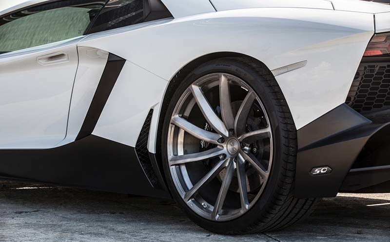 images-products-1-6487-232970583-lamborghinilp720purrs0805.jpg