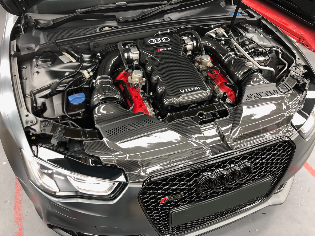 Eventuri Carbon fiber Intake systems for Audi RS5/RS4 B8