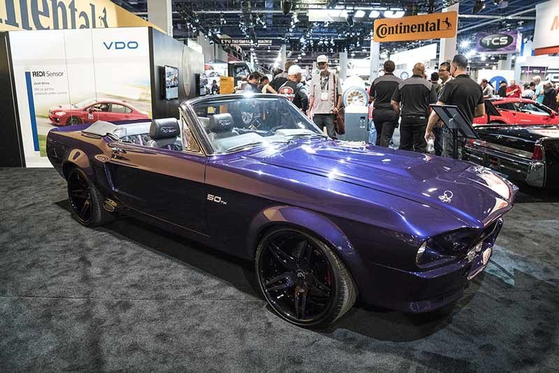 images-products-1-6710-232978998-ford-mustang-f2.10-1192015.jpg