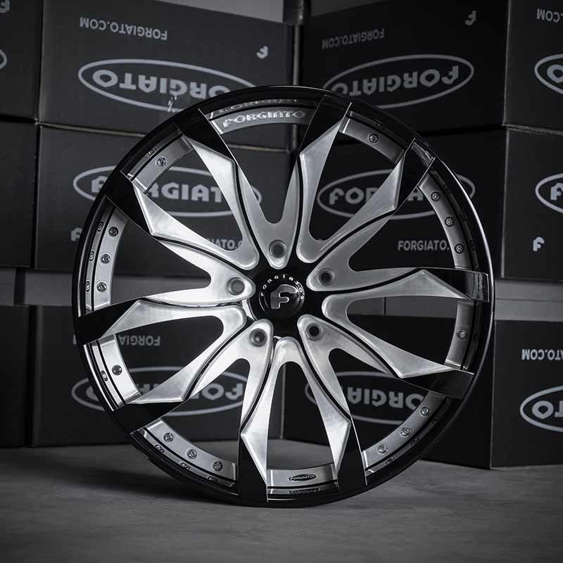 images-products-1-6924-232979212-forged-custom-wheel-f2.16-150-forgiato_2.0-305-05-31-2018.jpg